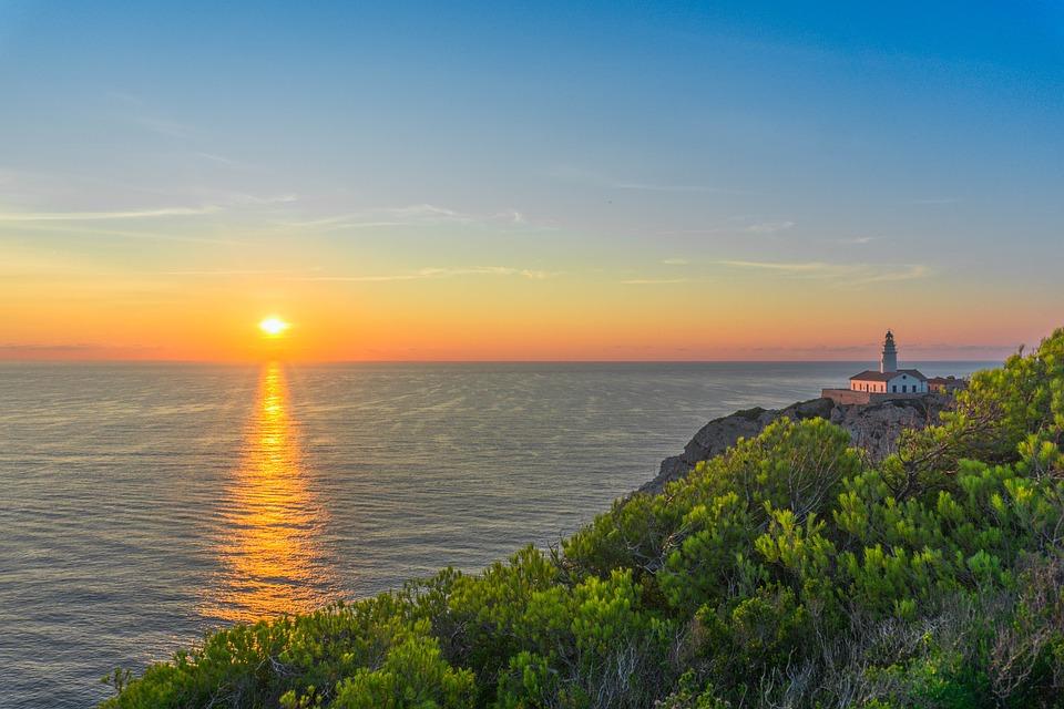 Justfly sunset Mallorca
